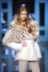 White Leopard pattern fur for woman