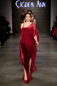 Cigdem Akin 2015-2016 Long Red Velvet Dress