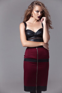 front rear zippered pencil skirt burgundy